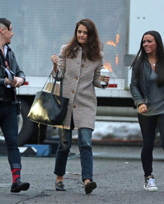 Katie Holmes arriving to base camp for 'Ocean Eight' in New York