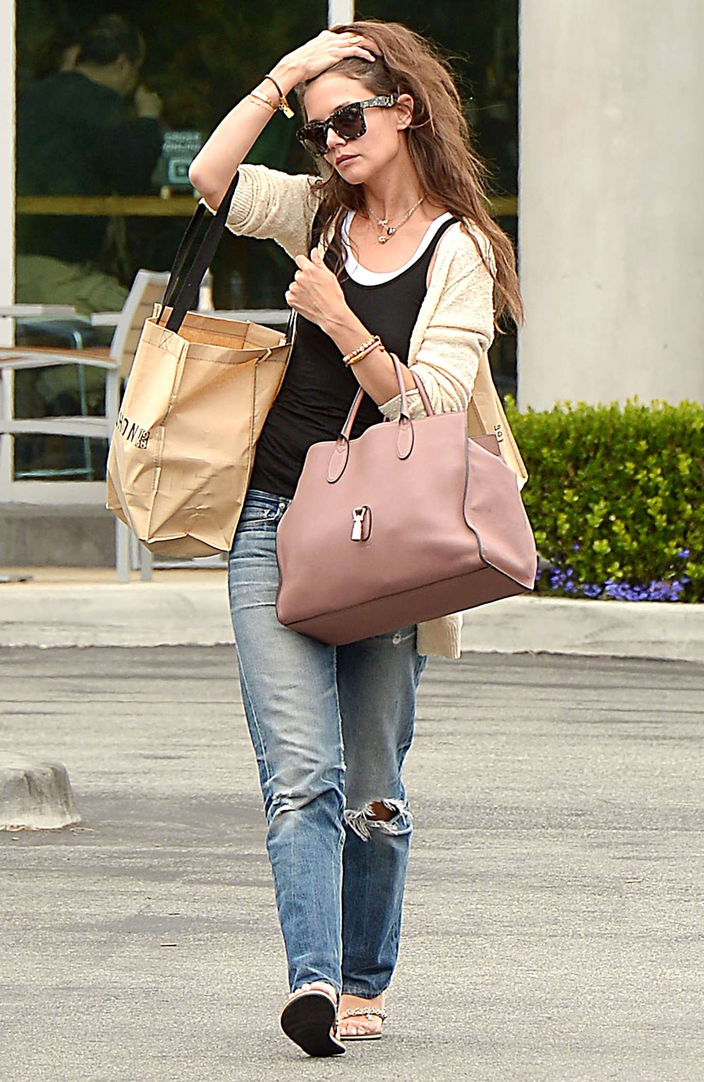 Katie Holmes 2015 : Katie Holmes in Jeans at Whole Foods -10