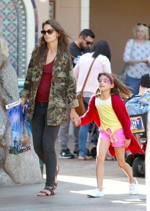 Katie Holmes: Disneyland California Adventure -05