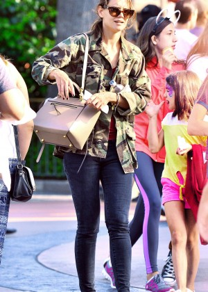 Katie Holmes: Disneyland California Adventure -17