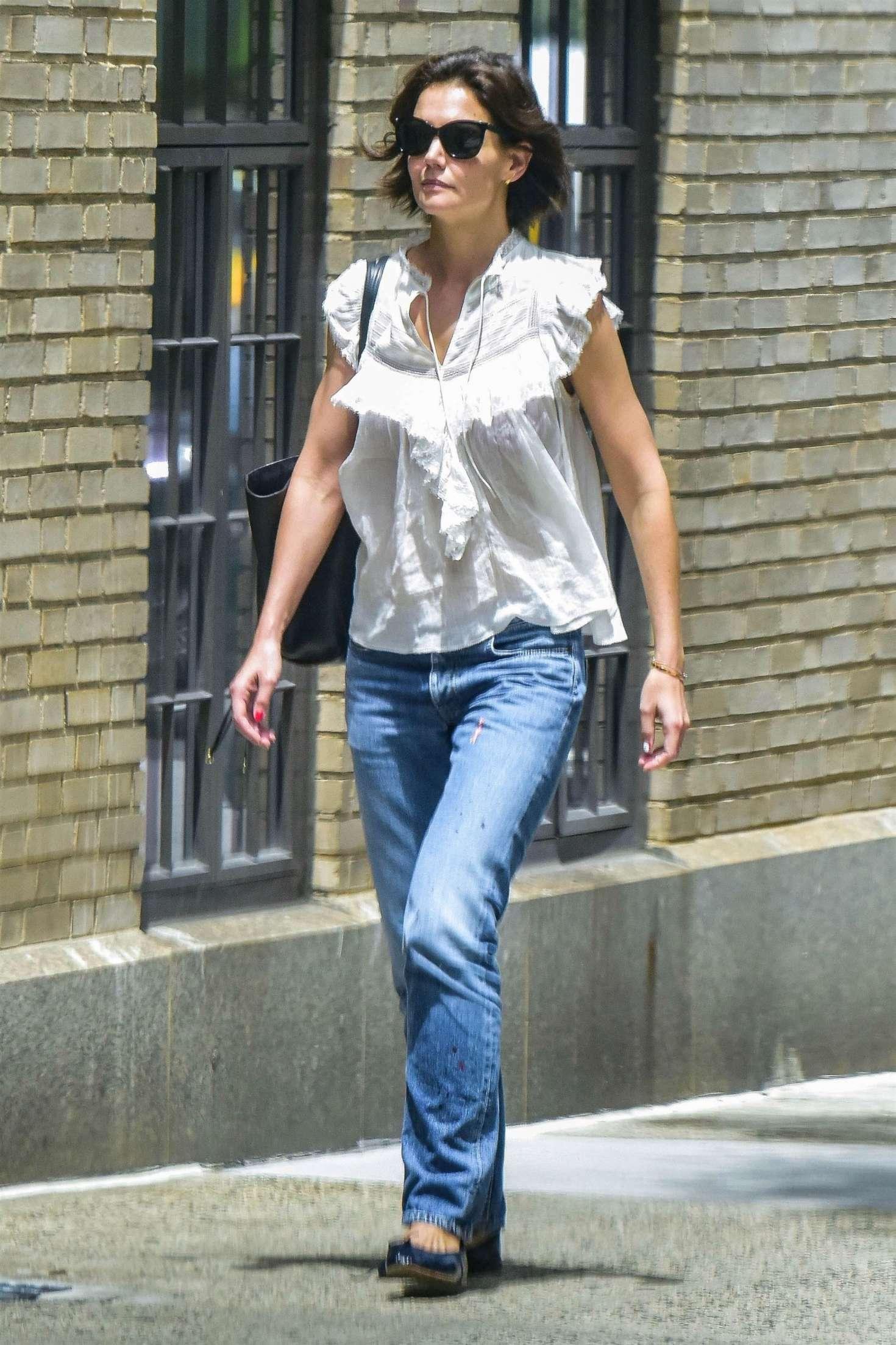 Katie Holmes 2018 : Katie Holmes in Jeans -08