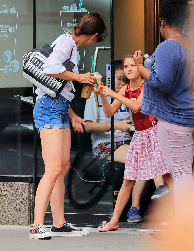 Katie Holmes in Jeans Shorts at Starbucks in New York