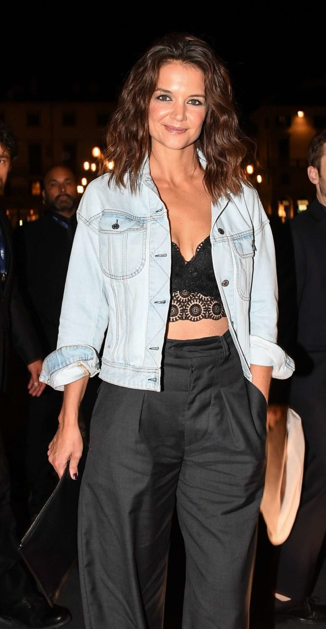 Katie Holmes: Intimissimi On Ice in Verona-09