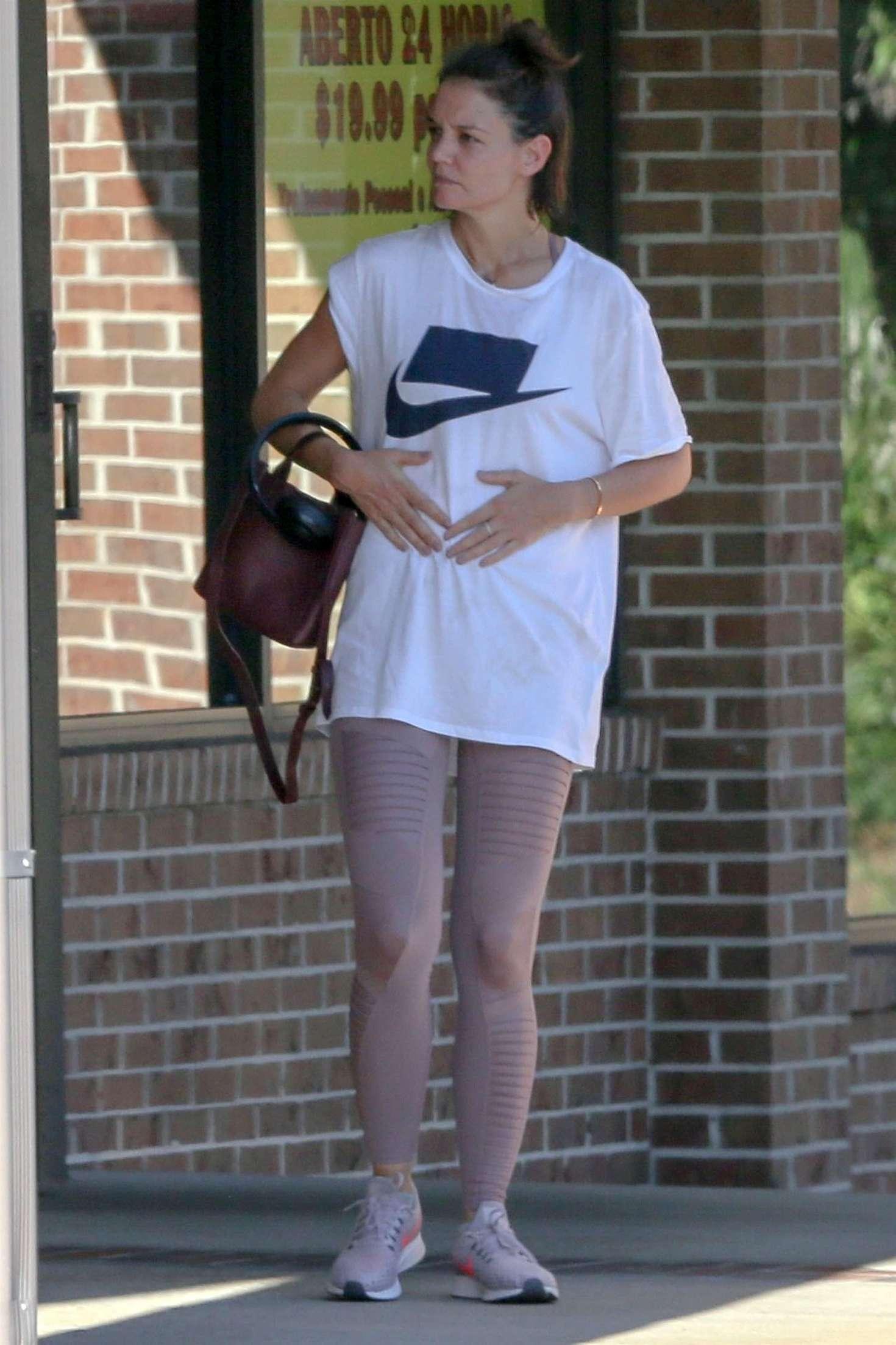 Katie Holmes 2018 : Katie Holmes: Leaving the gym in Atlanta -10