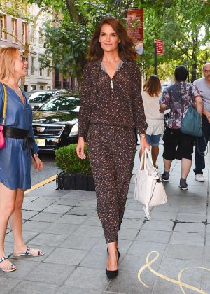 Katie Holmes - Leaving 'Today' show in New York