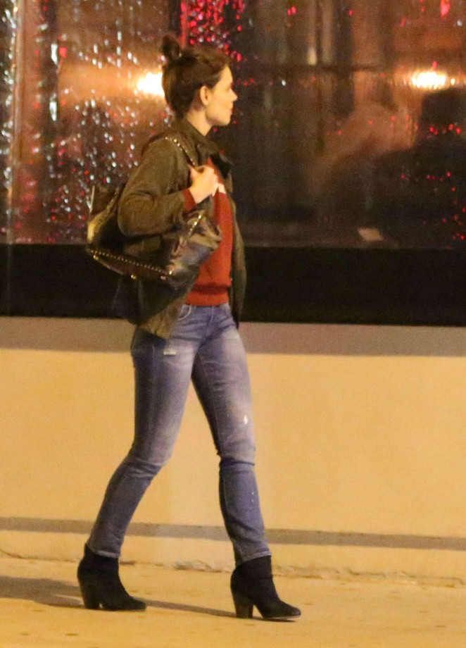 Katie Holmes in Jeans Night out in Hollywood