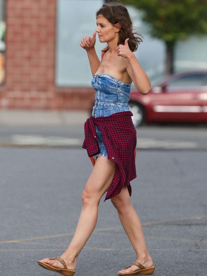 Katie Holmes in Short Jeans Dress -17 - GotCeleb Katie Holmes