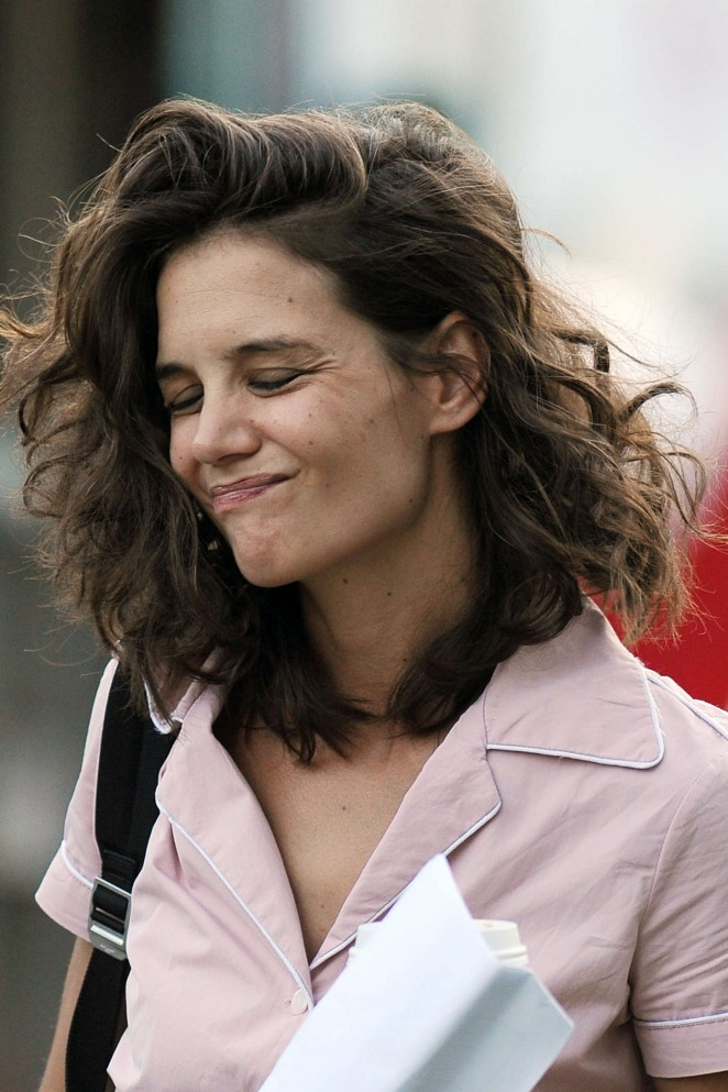 Katie Holmes: On All We Had set -01