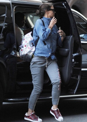 Katie Holmes - Out and about in Chelsea