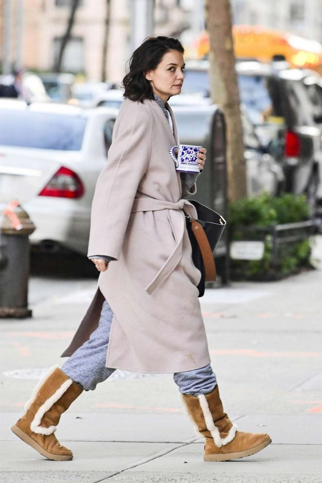 Katie Holmes: Out and about in New York -03
