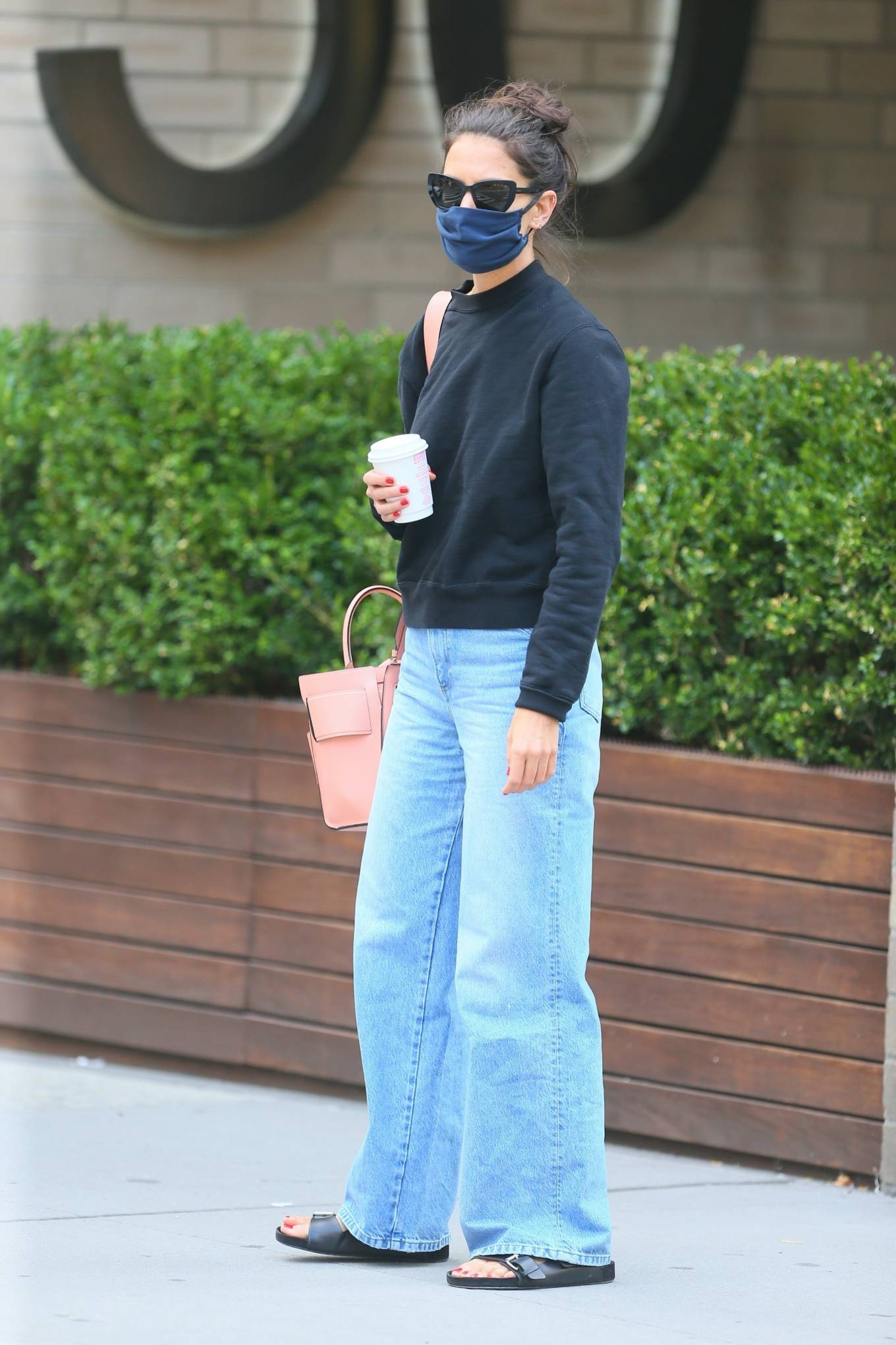 Katie Holmes 2020 : Katie Holmes – Out and about in SoHo-03
