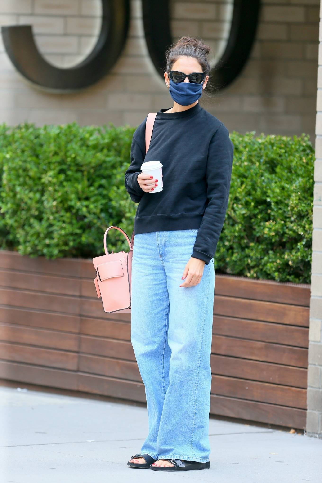 Katie Holmes 2020 : Katie Holmes – Out and about in SoHo-08