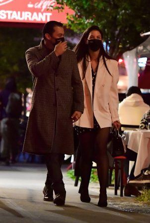Katie Holmes - Out for a late night dinner in New York
