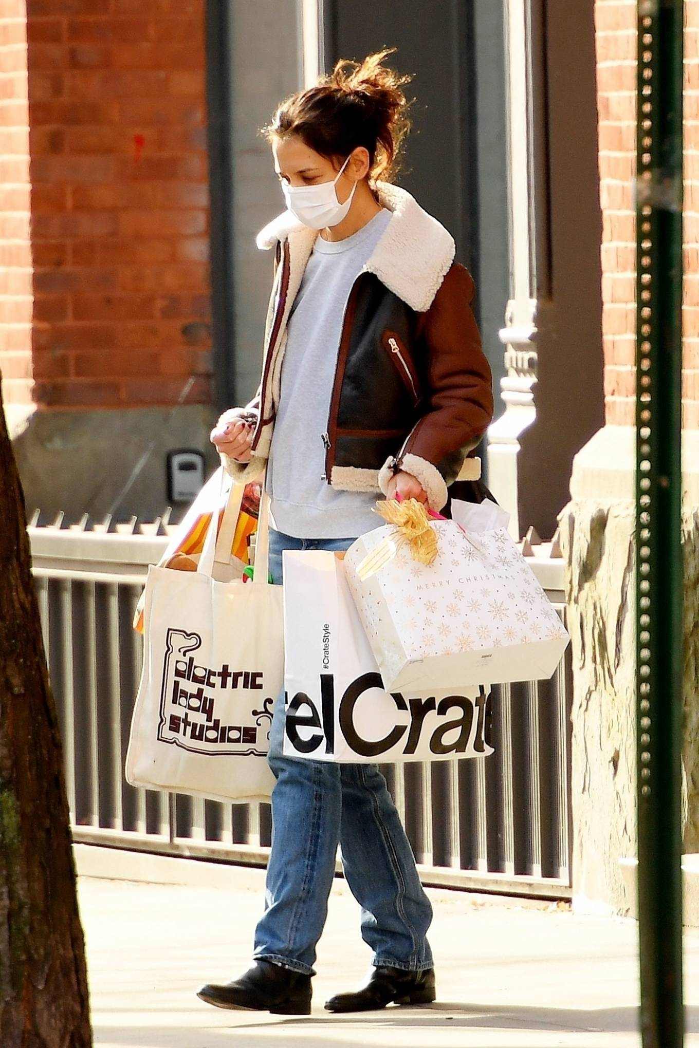 Katie Holmes - Out for a shopping in SoHo - New York