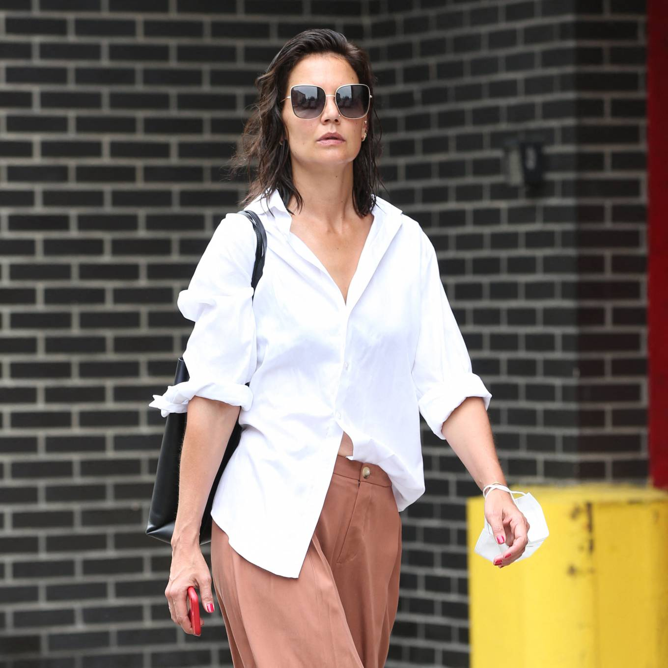 Katie Holmes 2021 : Katie Holmes – Out in New York-03