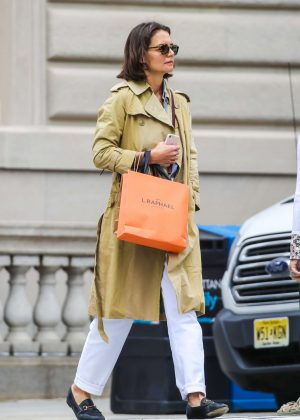 Katie Holmes - Out on Madison Avenue in New York
