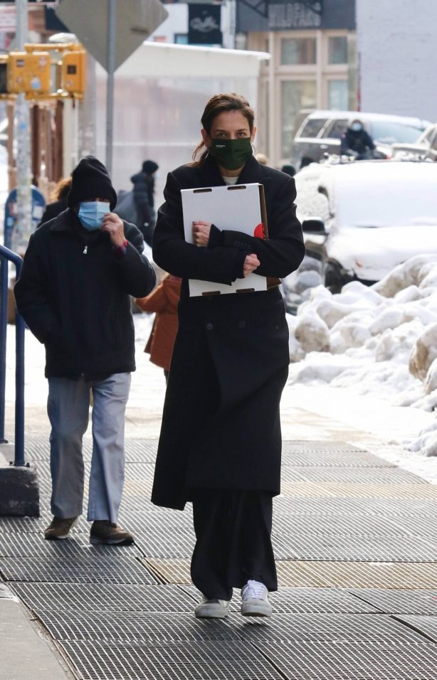 Katie Holmes - Seen after having lunch in Manhattan's Soho area