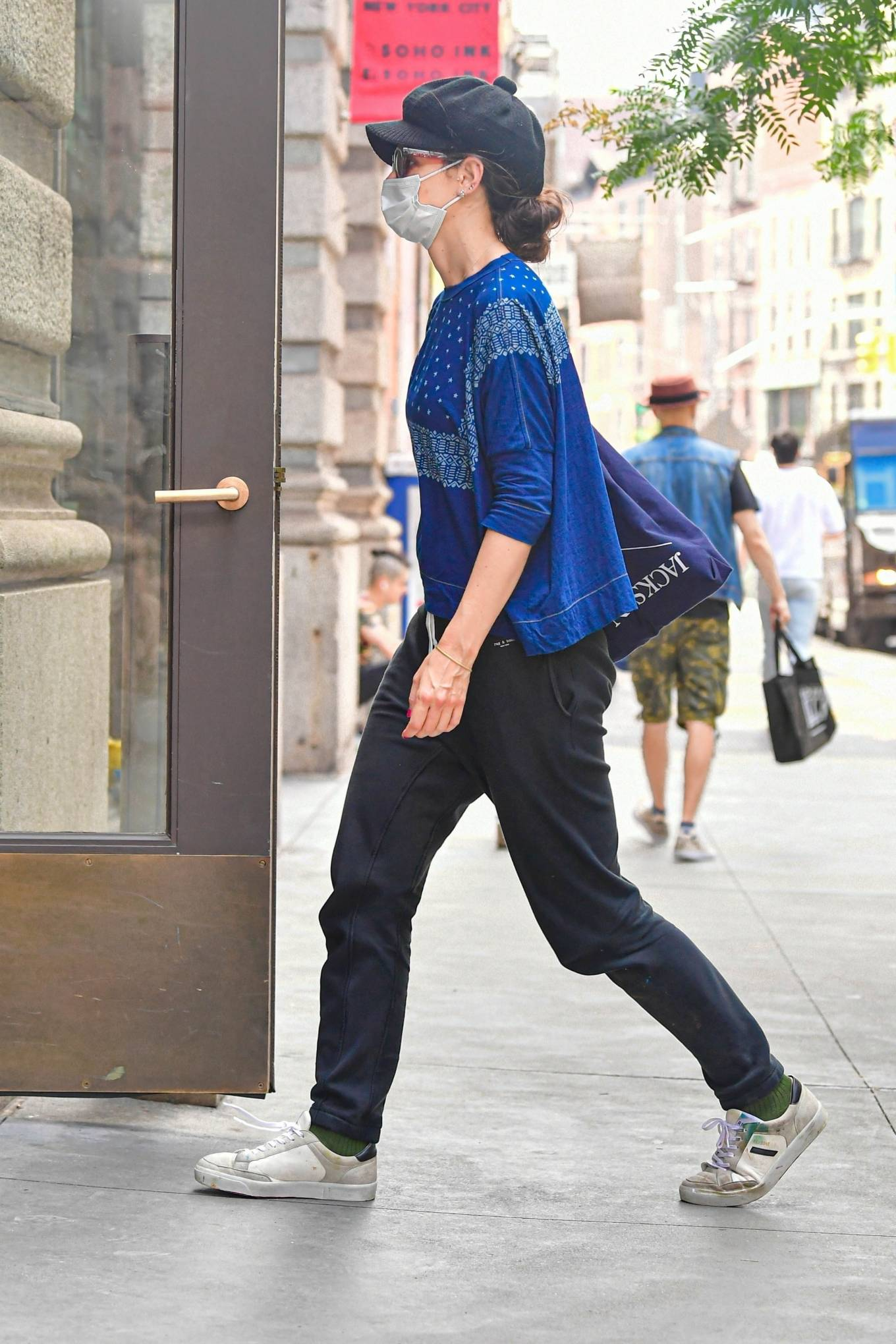 Katie Holmes - Seen at her apartment building in New York