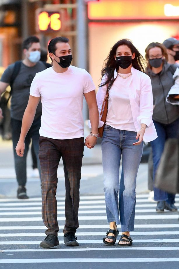 Katie Holmes - With boyfriend Emilio Vitolo leaving Dekor NYC Furniture Store