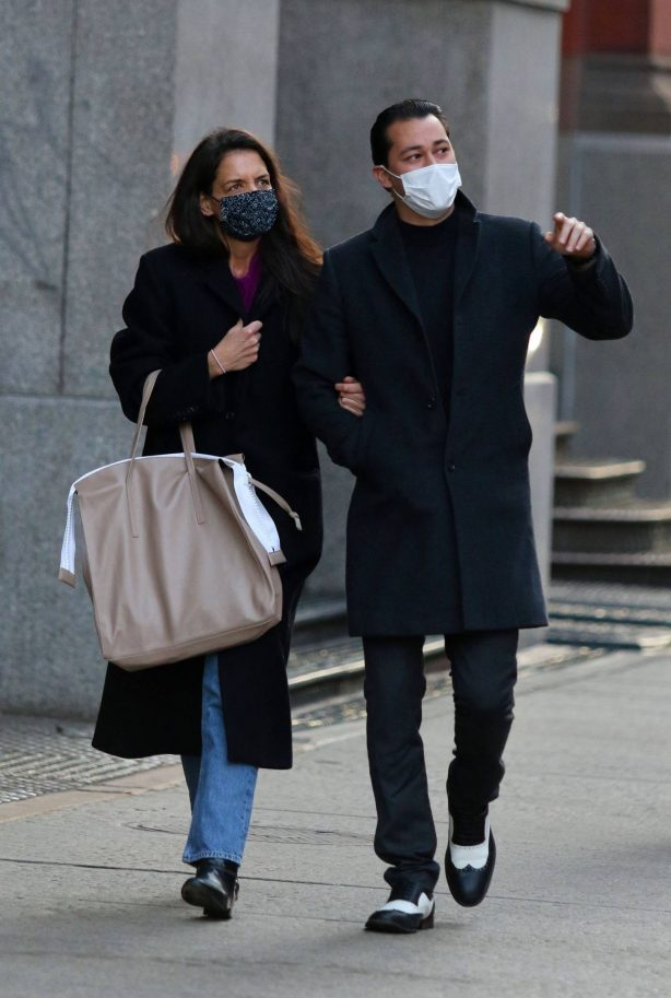 Katie Holmes - With Emilio Vitolo Jr. out for a stroll in Downtown Manhattan
