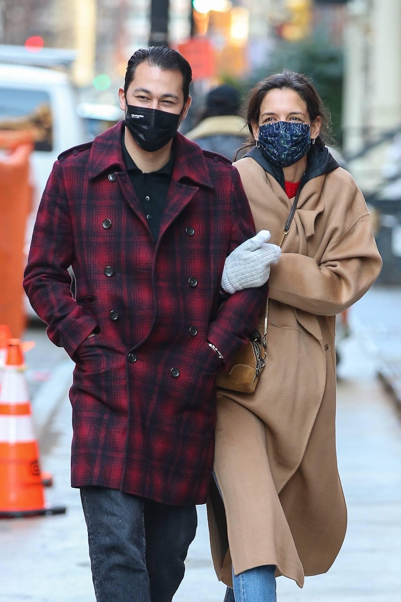 Katie Holmes 2021 : Katie Holmes – With her boyfriend out in Manhattan's Soho area-02