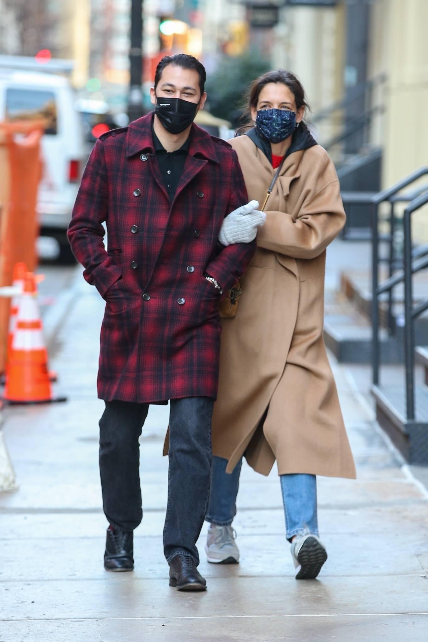 Katie Holmes 2021 : Katie Holmes – With her boyfriend out in Manhattan's Soho area-03