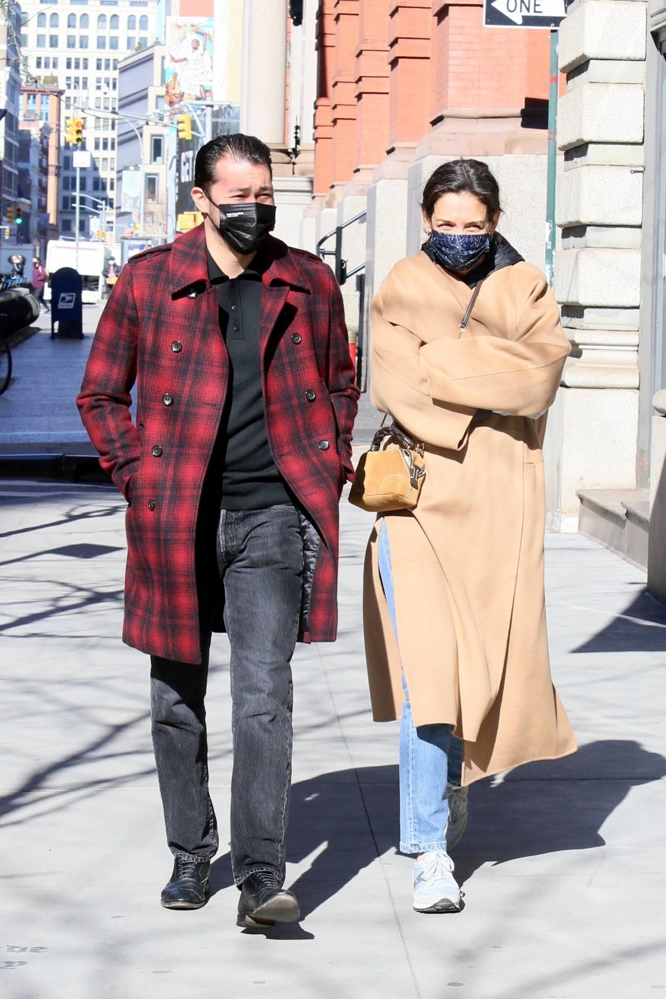 Katie Holmes 2021 : Katie Holmes – With her boyfriend out in Manhattan's Soho area-04