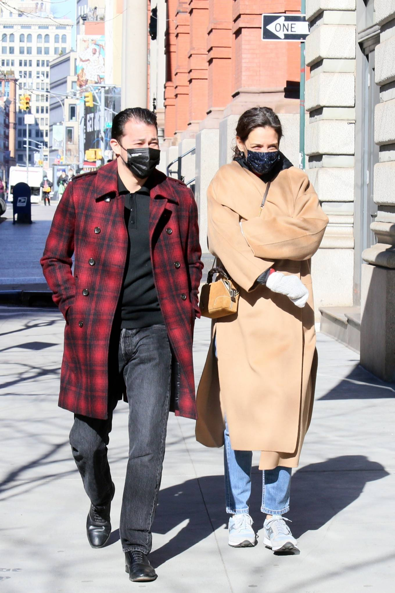 Katie Holmes 2021 : Katie Holmes – With her boyfriend out in Manhattan's Soho area-05