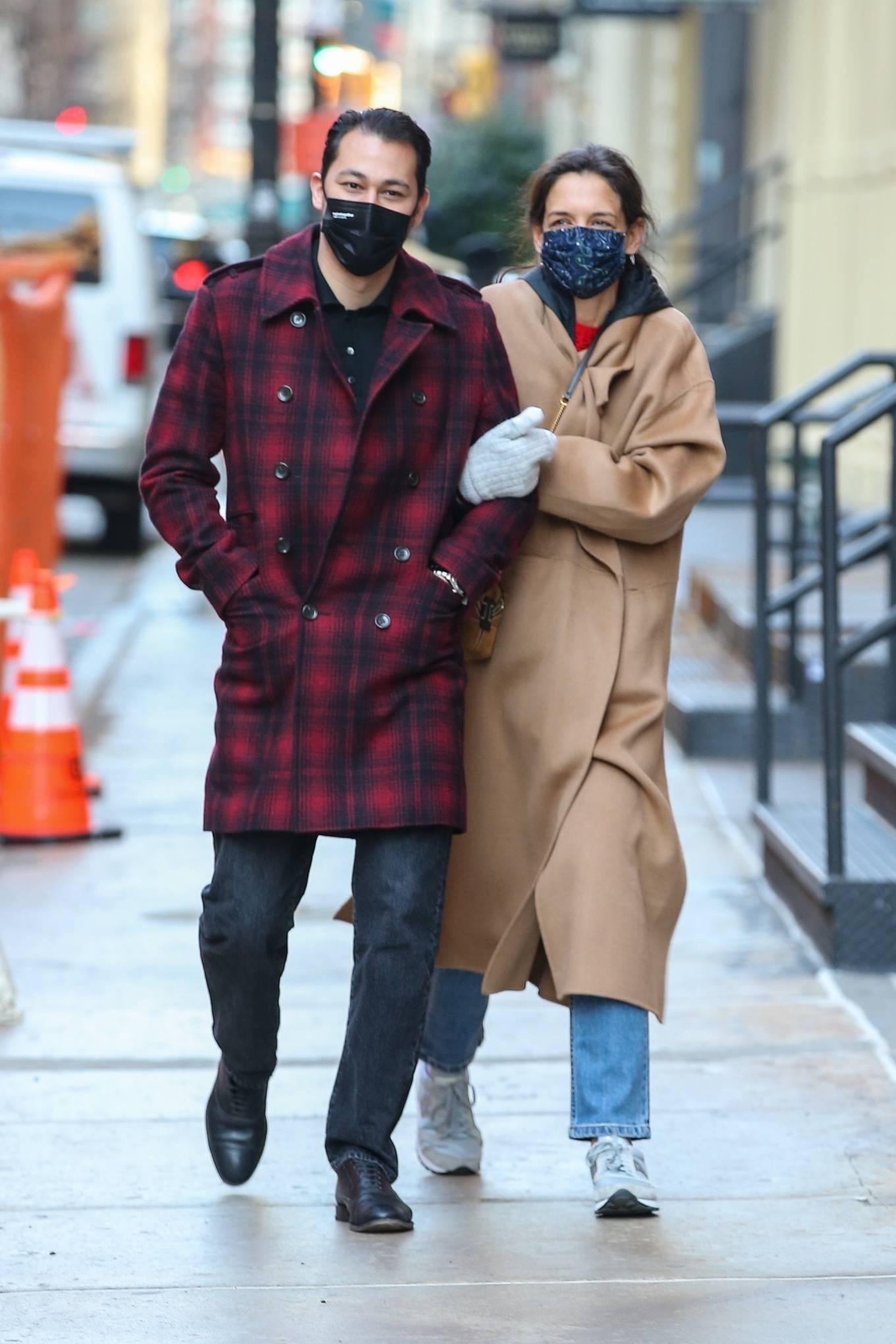 Katie Holmes 2021 : Katie Holmes – With her boyfriend out in Manhattan's Soho area-06