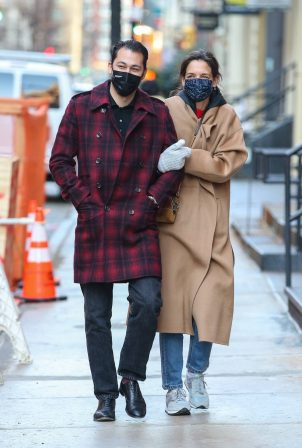 Katie Holmes - With her boyfriend out in Manhattan's Soho area