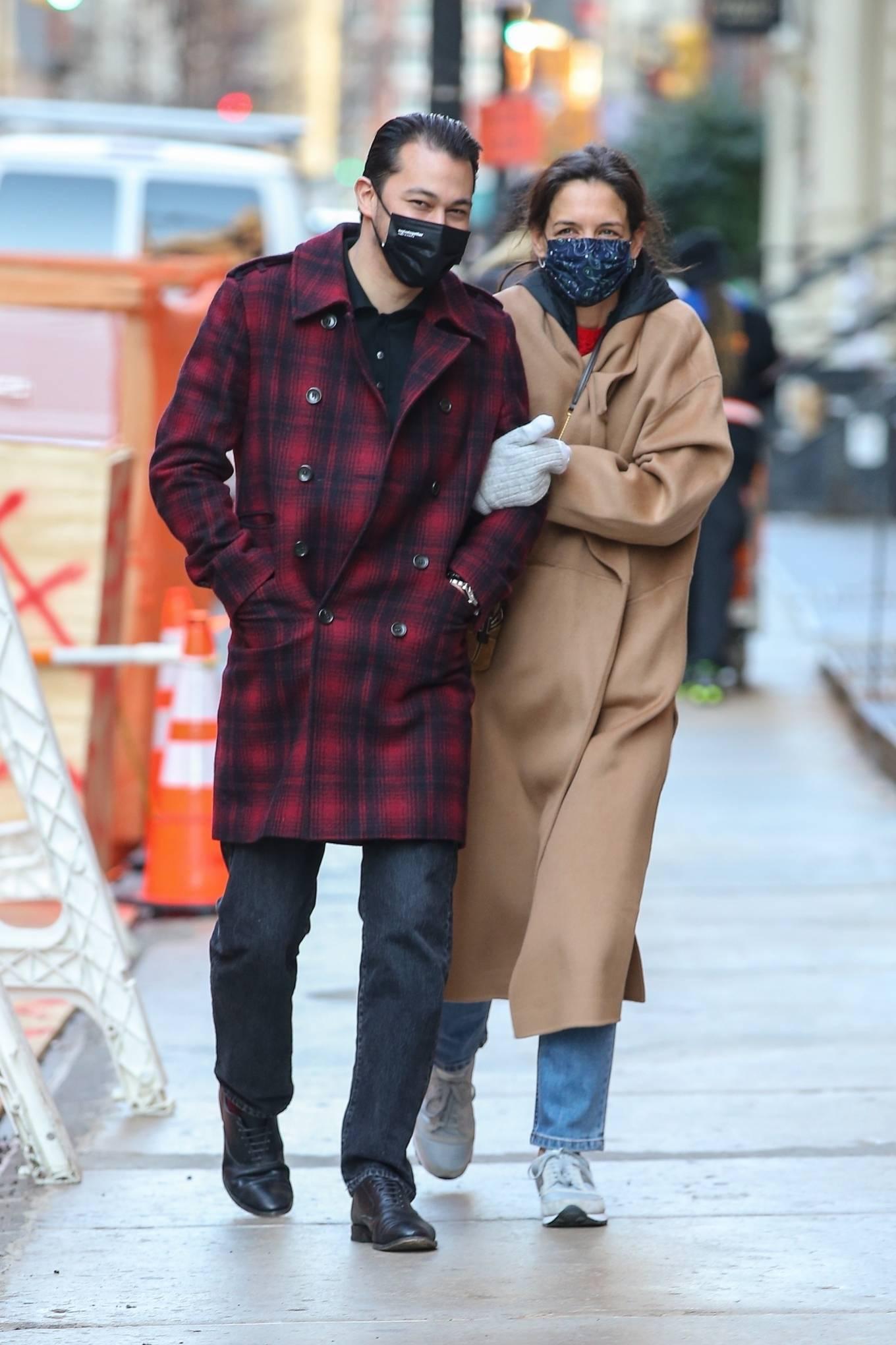 Katie Holmes 2021 : Katie Holmes – With her boyfriend out in Manhattan's Soho area-08