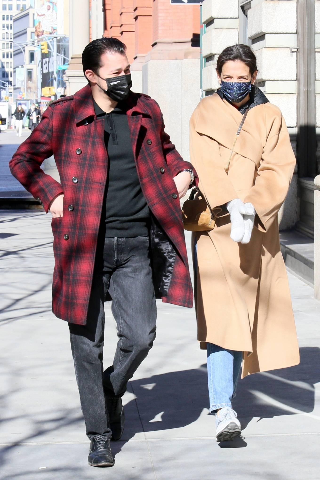 Katie Holmes 2021 : Katie Holmes – With her boyfriend out in Manhattan's Soho area-13