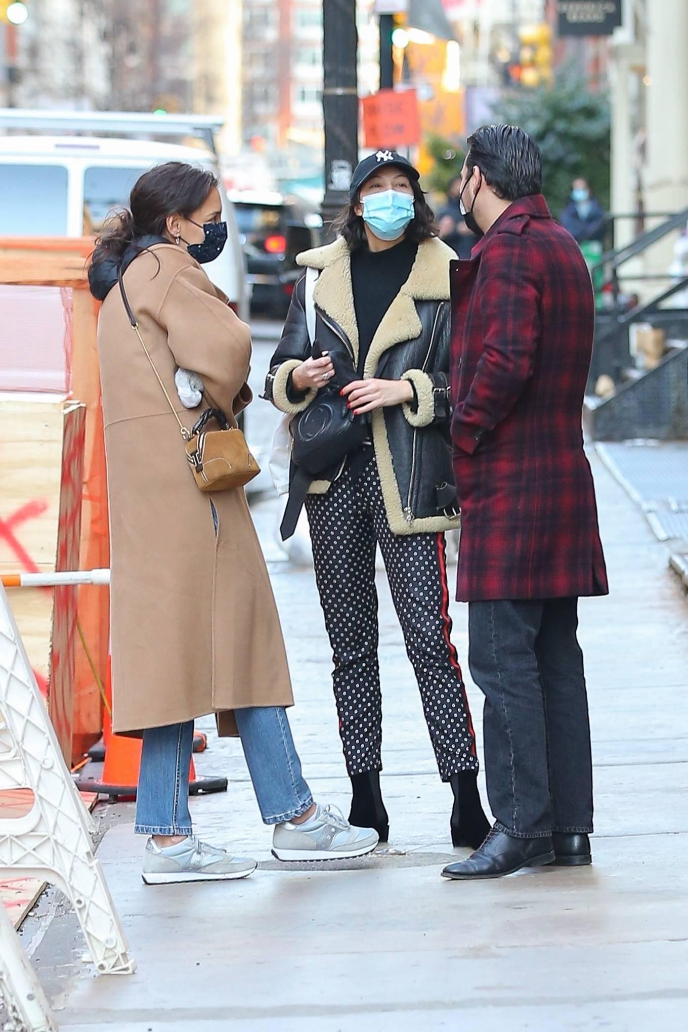 Katie Holmes 2021 : Katie Holmes – With her boyfriend out in Manhattan's Soho area-15