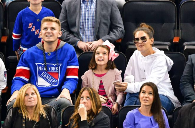 Katie Holmes with Suri Cruise ar NHL New Jersey Devils vs New York Rangers in NYC