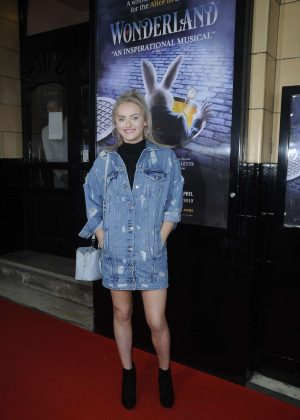 Katie McGlynn Arriving to watch Wonderland in Manchester