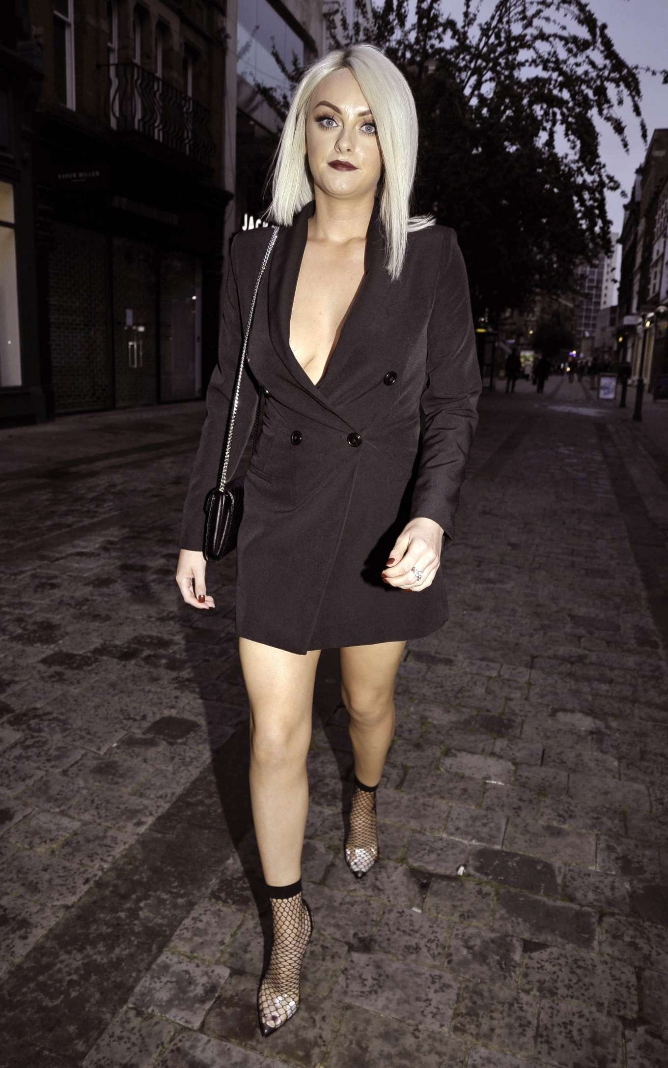 Katie McGlynn - Attends the VIP House of Klarna pop up store on King Street in Manchester