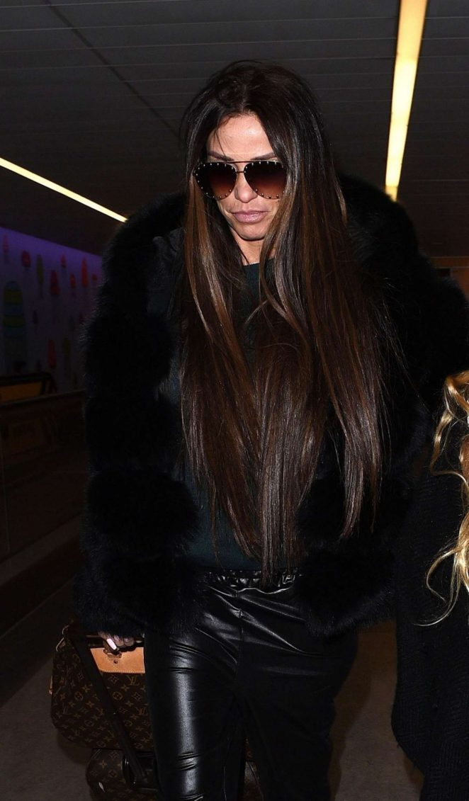 Katie Price - Arrives at Gatwick Airport in London