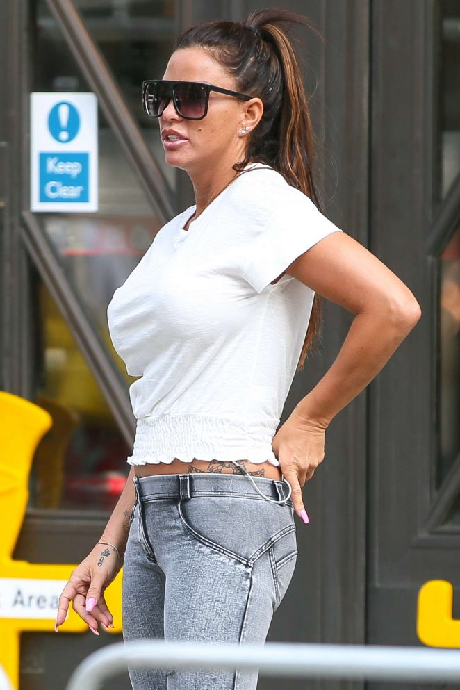 Katie Price - Arriving at the BBC studios in London