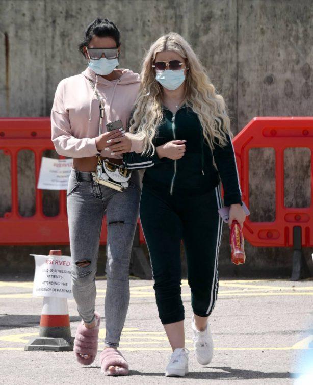 Katie Price - Leaving Hospital