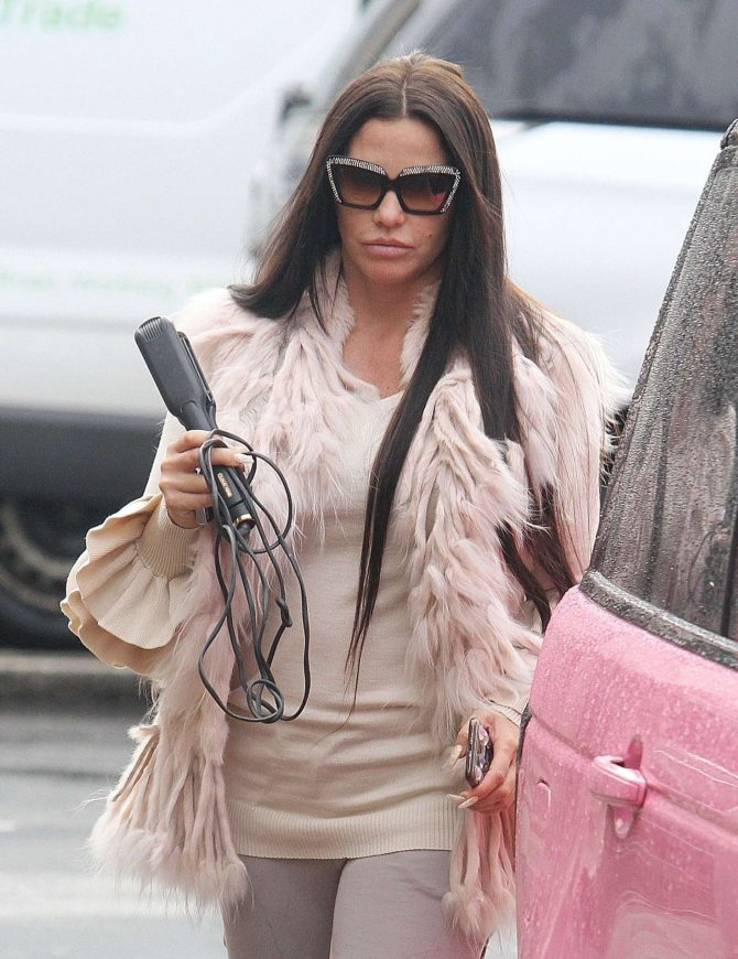 Katie Price – Out in Worthington