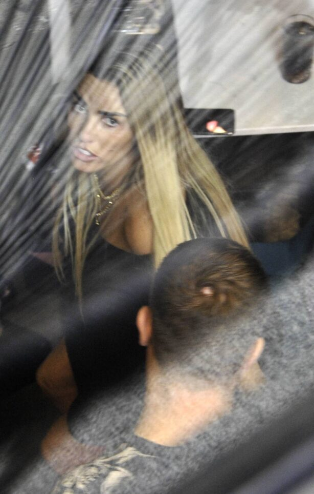 Katie Price - Pictured during a makeup Masterclass in Manchester