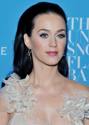 Katy Perry – 2016 UNICEF Snowflake Ball in New York  Katy Perry