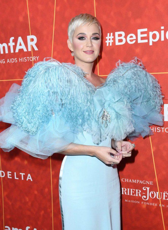 Katy Perry - 2018 amfAR Inspiration Gala in Beverly Hills