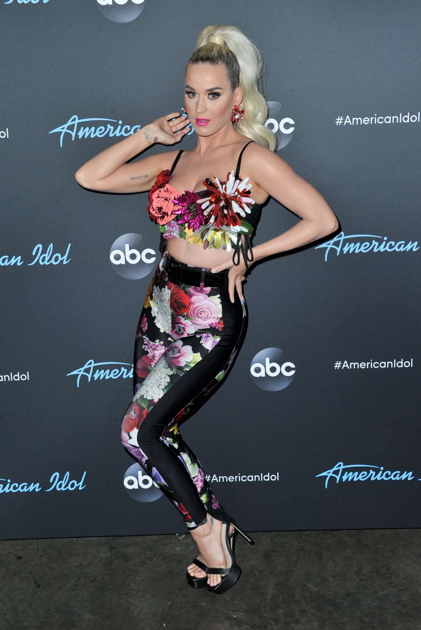 Katy Perry 2019 : Katy Perry: American Idol Top 5 Show in Los Angeles -16