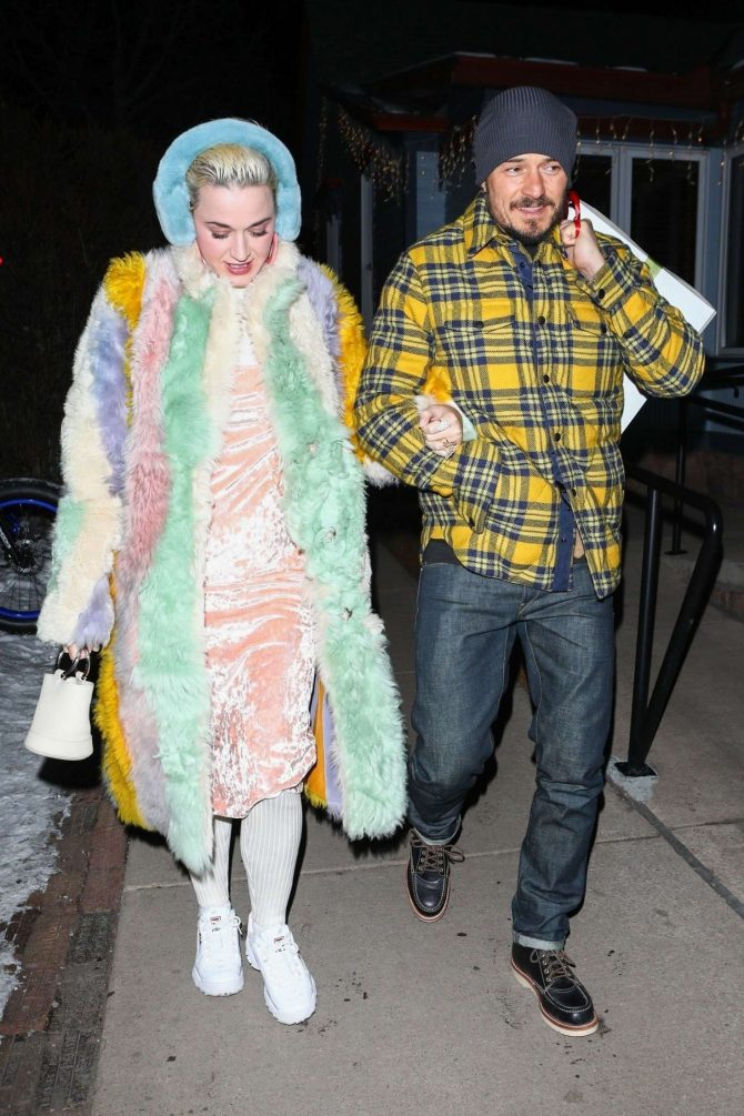 Katy Perry and Orlando Bloom - Arrive at Matsuhisa in Aspen