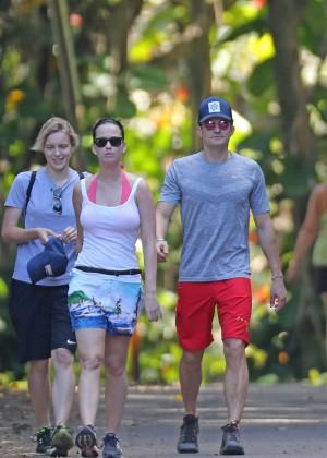 Katy Perry and Orlando Bloom Hiking in Hawaii -10