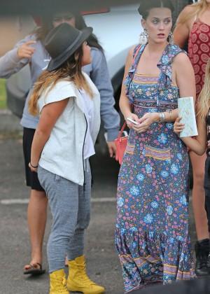 Katy Perry and Orlando Bloom Hiking in Hawaii -26