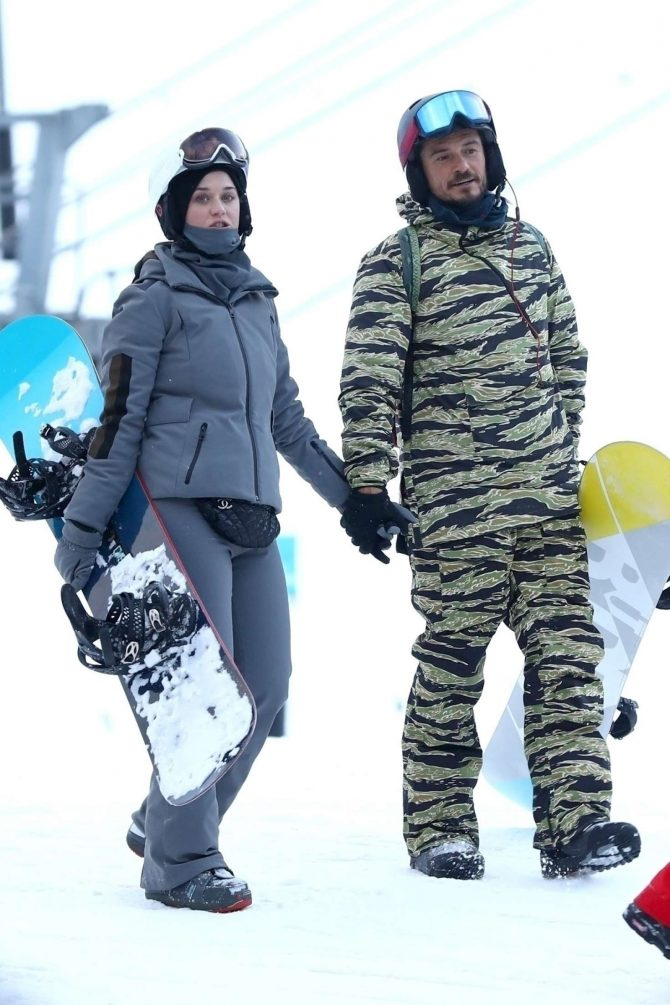 Katy Perry and Orlando Bloom - Hitting the slopes of Aspen