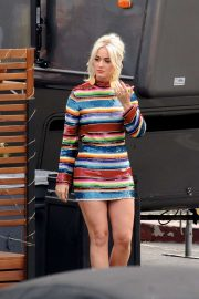 Katy Perry - Arrives at an 'American Idol' Live Show in LA