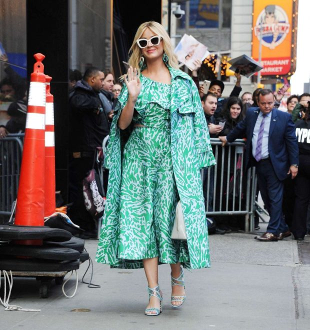 Katy Perry: Arrives at Good Morning America -01